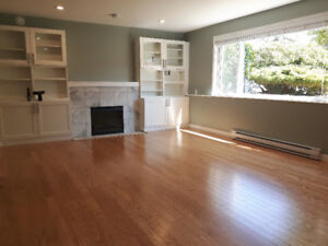 $1450 / 1br - 1090ft2 - Legalized Lower Level Suite near 112th