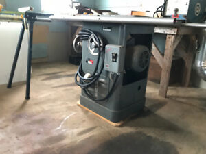 Rockwell 10 inch Tablesaw for sale.