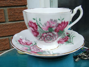 Ad3- Vintage Queen Anne Cups & Saucers - $10.00 +
