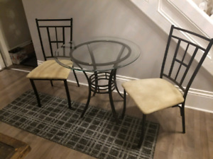 Table and chairs, bistro