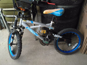 DynaCraft kids bike