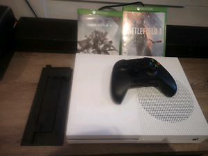Xbox one S - 2 TO