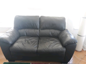 Tremendous Leather Sears Buy And Sell Furniture In Ontario Kijiji Unemploymentrelief Wooden Chair Designs For Living Room Unemploymentrelieforg