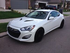 LOWERED PRICE!! $18500 2013 Hyundai Genesis coupe 2.0t