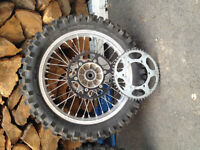 Suzuki DRZ 400 Wheels and knobbies