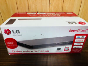 LG 4.1 Multi Channel Sound Plate with Built-In Blu-Ray Player