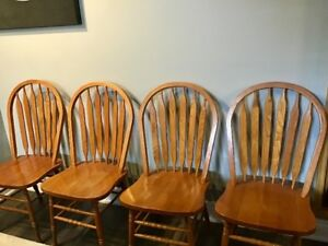 (4) SOLID OAK DINING CHAIRS - HOOPBACK/ARROW/WINDSOR