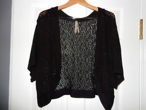 "5x, ""Pennington's""  Black Shrug"