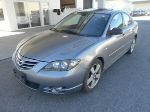 2004 Mazda3 5 Speed Great Condition In & Out