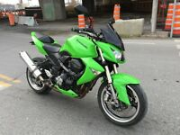Kawasaki Z1000 2008 like new !
