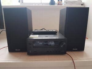 Pioneer Stereo/Speakers Barely Used $50