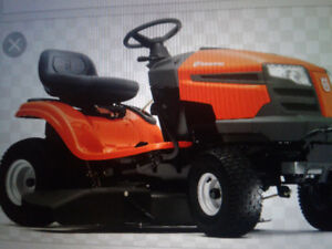 WANTED  NEWER LAWN TRACTOR RIDE ON