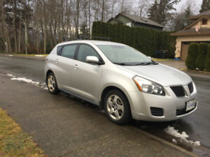 2010 Pontiac Vibe manual trans.