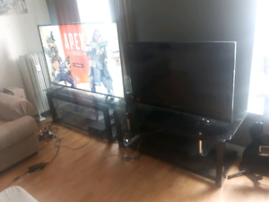 "46"" 1080P LCD HD TV and glass stand"