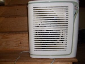 Bionaire air purifier (needs filter)