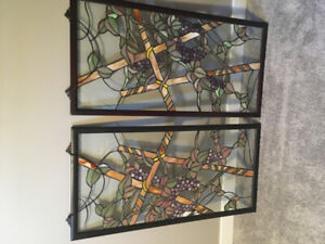 2 beautiful stained glass window hangers. Antique. / asking 100