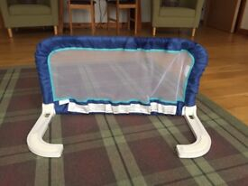 1st Safety portable Bed rail. Stop your toddler falling out of bed!
