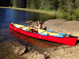 """Clipper Cascade Kevlar Canoe - Red - 16'8"""" and only 56 lbs"""