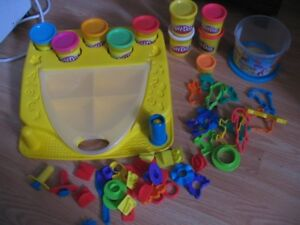 Playdoh Set - Case and Assessories