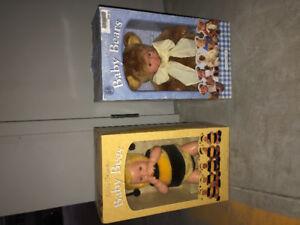 Anna Geddes Baby Bees