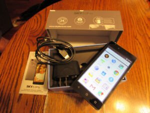 Sky 5.0 pro Cell phone, Excellent condition.