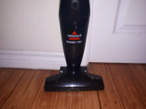 Vacuum for sale! $20