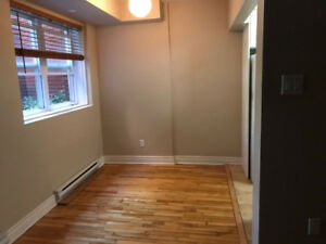 Apartment For Rent in Sainte-Anne-de-Bellevue