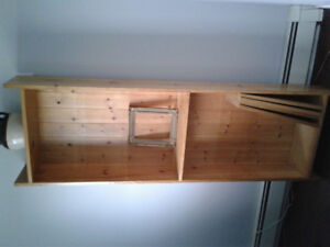 Solid build pine bookshelf w/back.