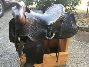 Kids or small adults Foster western saddle