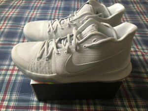 Kyrie 3 Basketball Shoes - Size 10