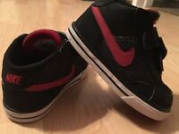 Toddler boy Shoes size 5-7