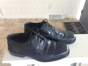Men's Black Leather Dress Shoes size 10