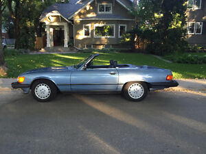 1987 Mercedes 560SL Convertible