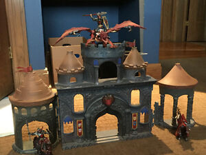Reduced. Schleich dragon nights and castle package deal Windsor Region Ontario image 1