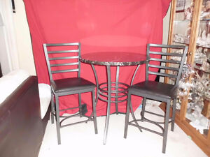 Bar Style Table and Chairs London Ontario image 1
