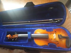 Violin 1/4-  $150
