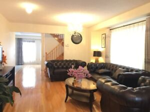 Beautiful 3+1 Bedroom Townhouse for rent @Hwy7/Yonge 647-9965866
