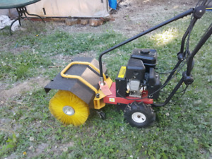 Commercial industrial sweeper