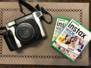 Polaroide FUJIFILM INSTAX WIDE 300 + 2 boites de filme