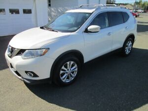 2014 NISSAN ROGUE SV AWD ONLY $11999
