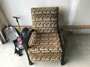 Cottswood chair for sale!