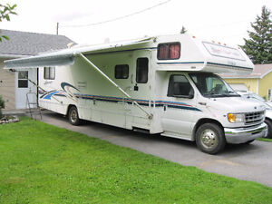 Excellent 31' 2000 Ford Itasca C Class Motorhome