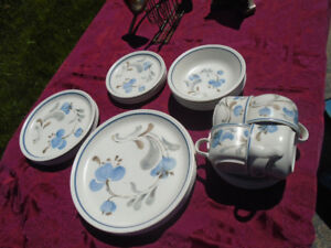 24 piece set of Johnson Bros dishes
