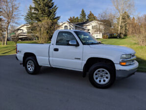 2001 Chevy Silverado 4x4 Regular cab short bed