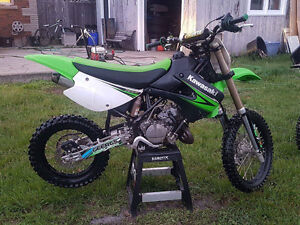 2010 KX85 fresh rebuild, tons of extra parts, needs nothing!