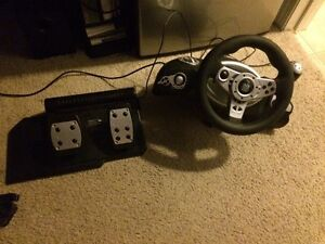 Xtreme gaming racing wheel and pedals