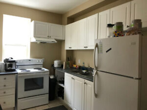 Furnished 3 Bedrooms Student Sublet UW Waterloo Downtown May-Aug
