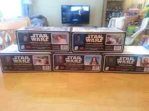 BRAND NEW LIMITED EDITION STAR WARS MODELS West Island Greater Montréal image 4