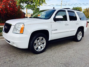2007 GMC YUKON LTZ 4X4 TOP OF THE LINE, LEATHER,ROOF,NAVIGATION!