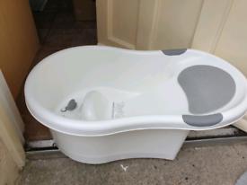 Baby bath - baby bathtub